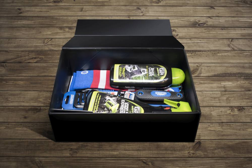 x mas box motard society coffret cadeau moto ancienne n o r tro. Black Bedroom Furniture Sets. Home Design Ideas